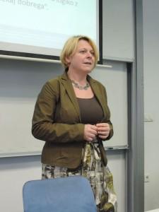 doc. dr. Marina Letonja