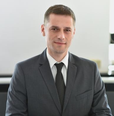 dr. Dario Berginc